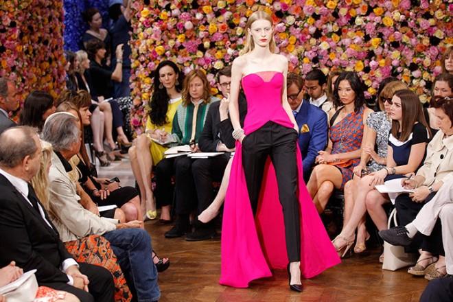 Pink sleeveless cape