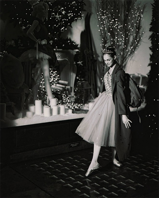 Selfridges-Christmas2012-BallerinaLG