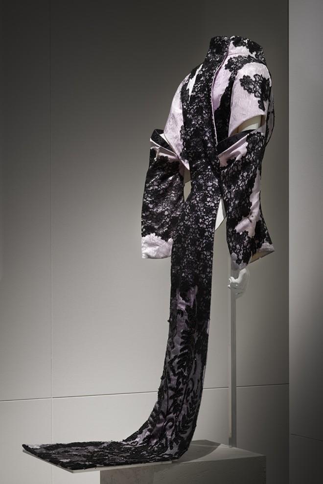 Isabella Blow: Fashion Galore! | Photos Chris Brooks/CLM
