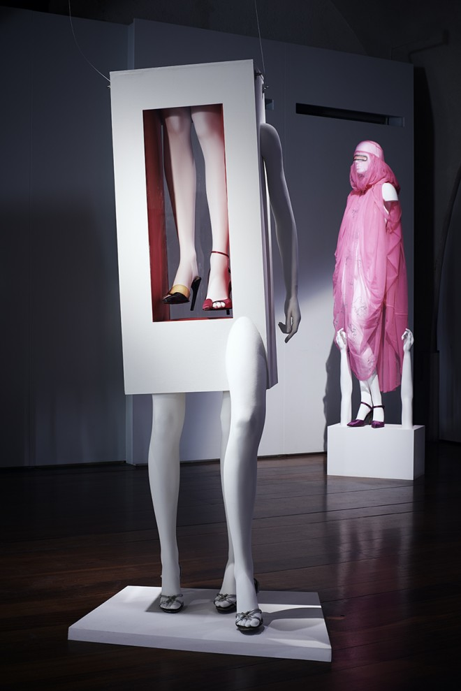 Isabella Blow: Fashion Galore! | Photos Chris Brooks/CLM